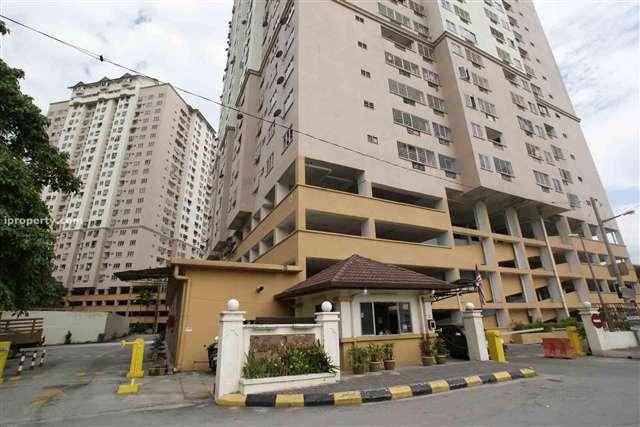 Pelangi Indah Condominium - Photo 3