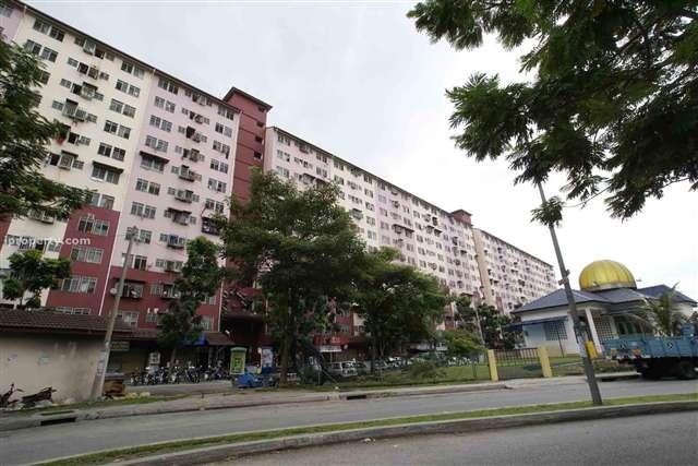 Desa Mentari Apartment - Photo 5