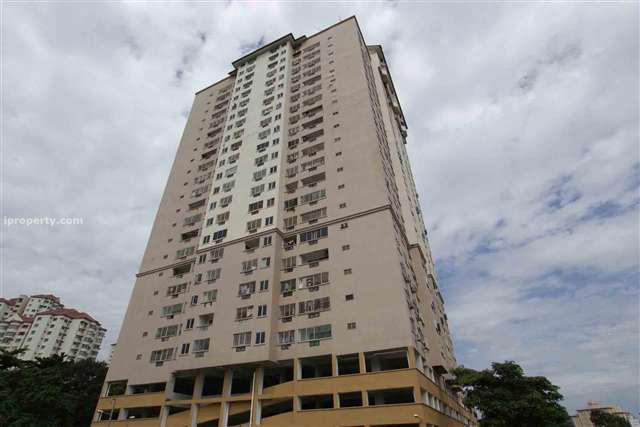 Pelangi Indah Condominium - Photo 4