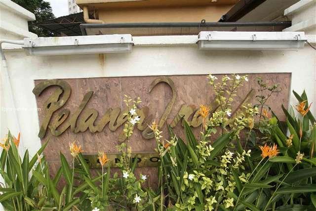 Pelangi Indah Condominium - Photo 1