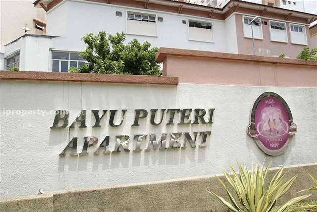 Bayu Puteri Apartment - Photo 2