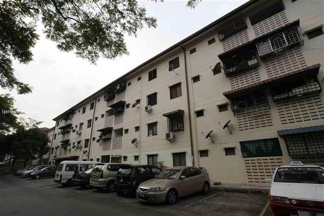 Seri Perindu Apartment - Photo 3
