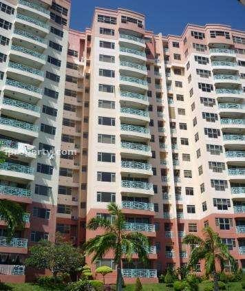 Bayshore Condominium - Photo 2