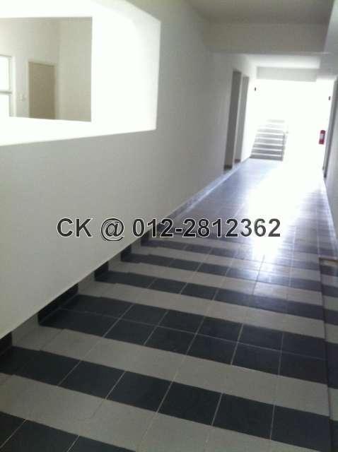 Wide Corridor with floor tiles