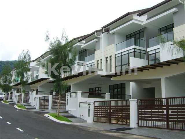 Sungai ara intermediate 3 sty terrace link house 5 for Terrace 9 classic penang