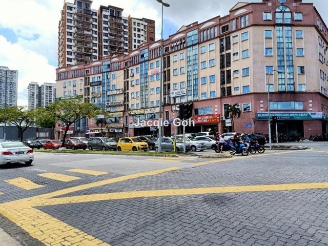 Diamond Square Commercial Centre, Off Jalan Gombak, Setapak