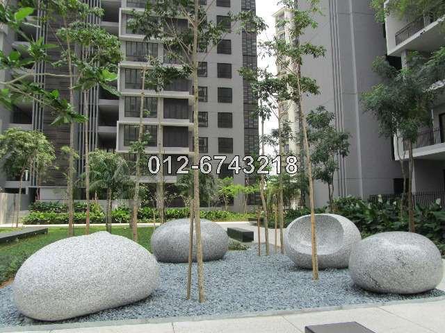 Five Stones, Petaling Jaya