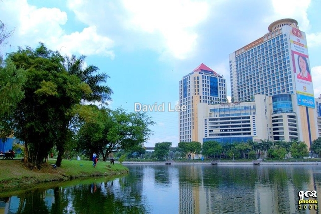 PJ Amcorp Mall, Near Tmn Jaya Lrt station, Petaling Jaya