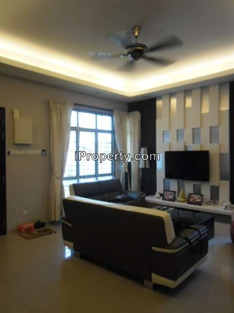 Krubong Melaka Tengah Intermediate Bungalow 4 bedrooms for sale