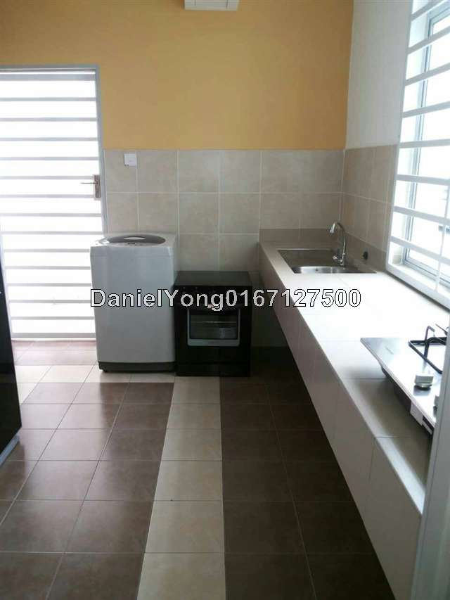 Rumah iskandar malaysia town area intermediate flat 3 bedrooms for rent in johor bahru johor Master bedroom for rent in johor