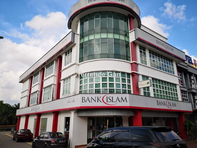 KULAI BANDAR PUTRA PRIME CORNER SHOP SAME ROW WITH BANK ISLAM BANK MUAMALAT AGRO BANK HSBC MBSB, Kulai