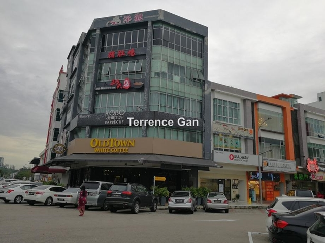 AUSTIN HEIGHTS 5 STOREY CORNER TOWER SHOP WITH LIFT FACING MAIN ROAD RENTAL RM21,000, AUSTIN HEIGHTS , Johor Bahru