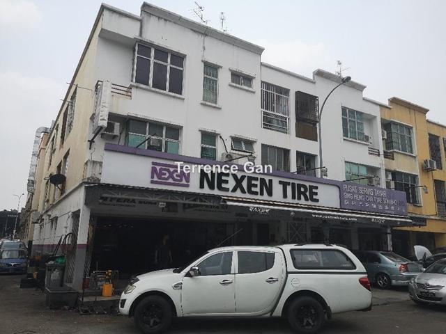 NUSA BESTARI NEAR MAYBANK CORNER SHOP GROUND FLOOR FOR SALE RENTAL INCOME RM3,520 GOOD LOCATION, TAMAN NUSA BESTARI , Johor Bahru