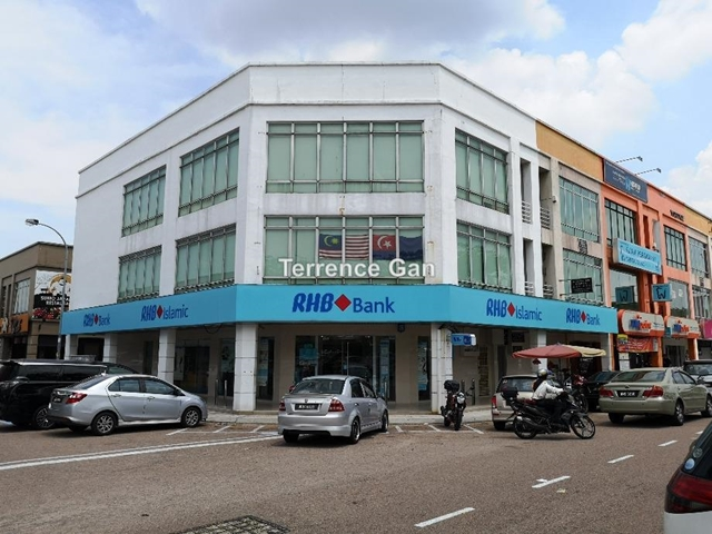 NUSA BESTARI BUKIT INDAH 2 STOREY SHOP NEAR ALLIANCE BANK ICBC BANK BELOW MARKET VALUE TENANTED, TAMAN NUSA BESTARI, Skudai