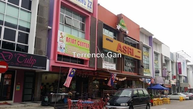 BANDAR DATO ONN 3 STOREY SHOP OFFICE JALAN PERJIRANAN 2 SAME ROW WITH GLEMARIE SALES OFFICE, JOHOR BAHRU, JOHOR , Johor Bahru