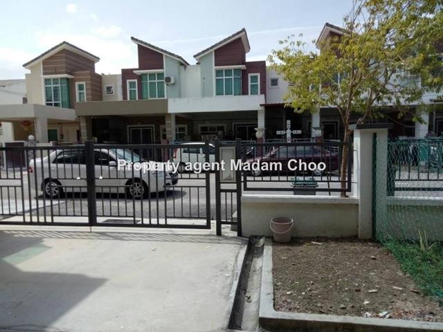 Angkasa Nuri double storey house, Batu Berendam
