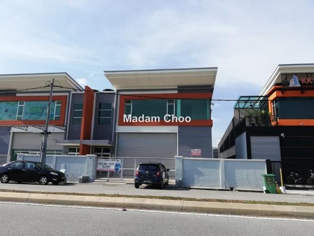 Taman Angkasa Nuri One storey Semi-D factory with Mezzanine Office, Ayer keroh, Batu Berendam