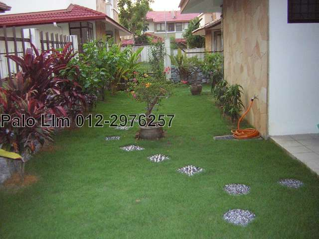 Semi D House Garden Design