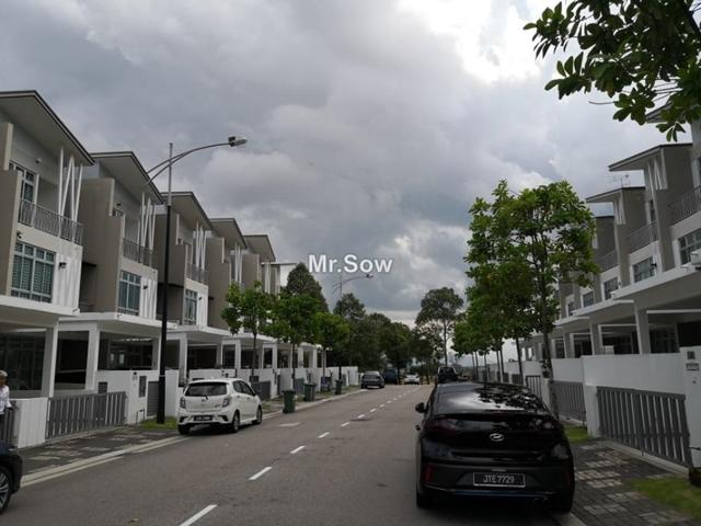 ECO CASCADIA, Dato Onn Seri Austin, Johor Bahru