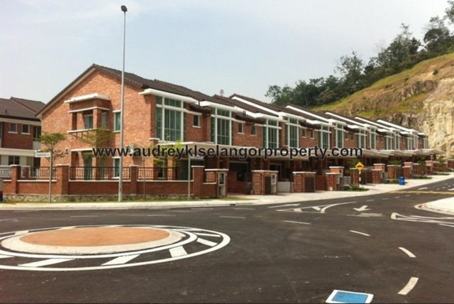 Palm Walk 3, Bandar Sungai Long, Cheras, Cheras
