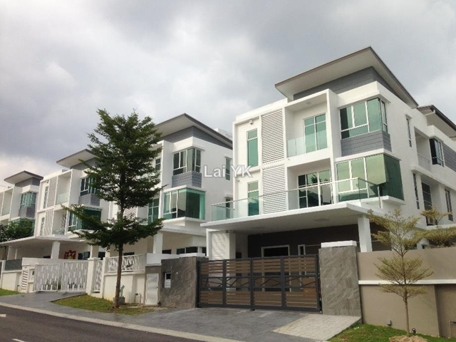 Tropicana cheras kajang bungalow 7 1 bedrooms for sale for Bungalow home for sale