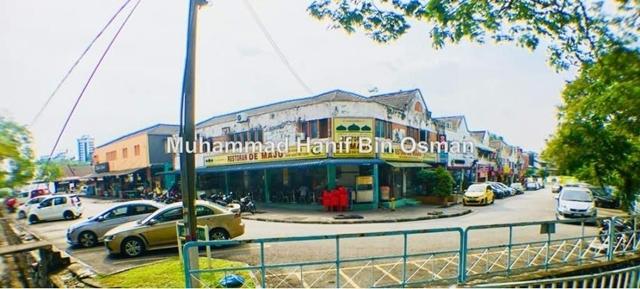 Non Bumi n Bumi Lot Shoplot Seksyen 11 9, Shah Alam