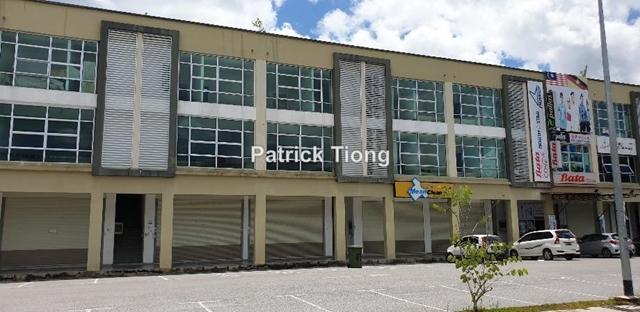 2 storey Shop @iman Mall Samarahan, Kota Samarahan