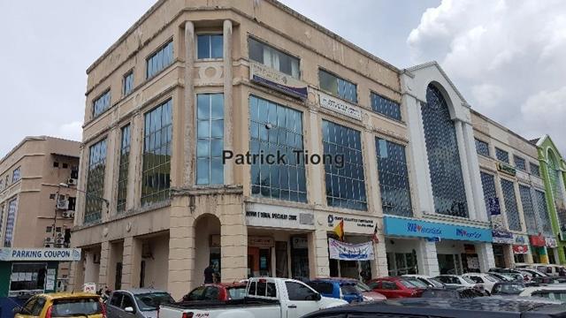 2nd floor Office at Jln Satok - Corner unit, Kuching