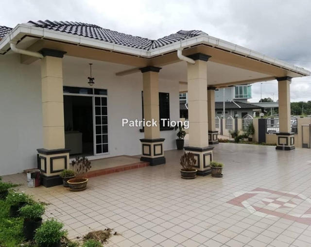 Detached house at Batu Kawah, Kuching