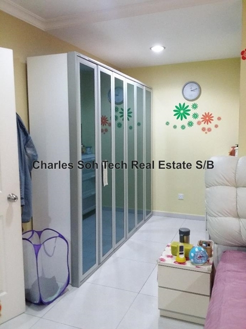 2 5 sty terrace link house for sale in kepong for rm for Kitchen cabinets 08080