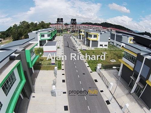 Bundusan Industrial Park Warehouse, Penampang