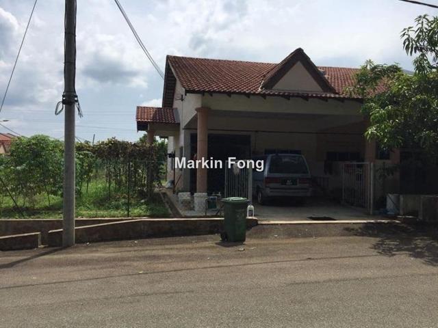 1  Terrace House @ Kg Padang , Kuantan
