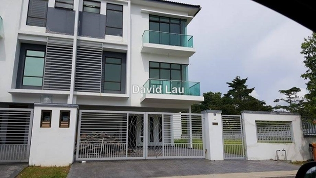 Indah Heights 3-Stry Coner-Lot Cluster, Skudai
