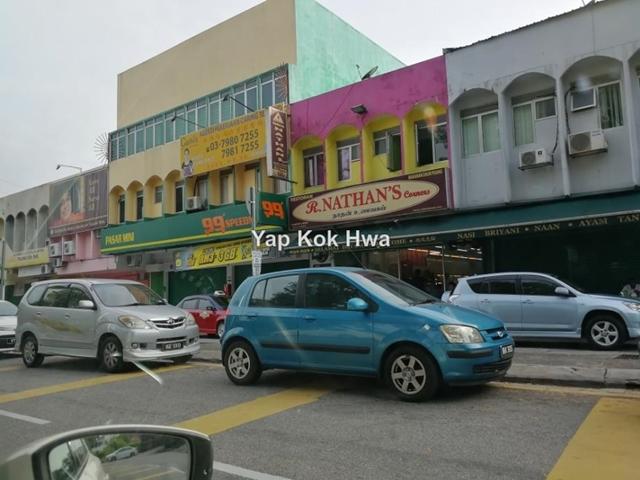 Taman Yarl, Jalan Klang Lama (Old Klang Road)