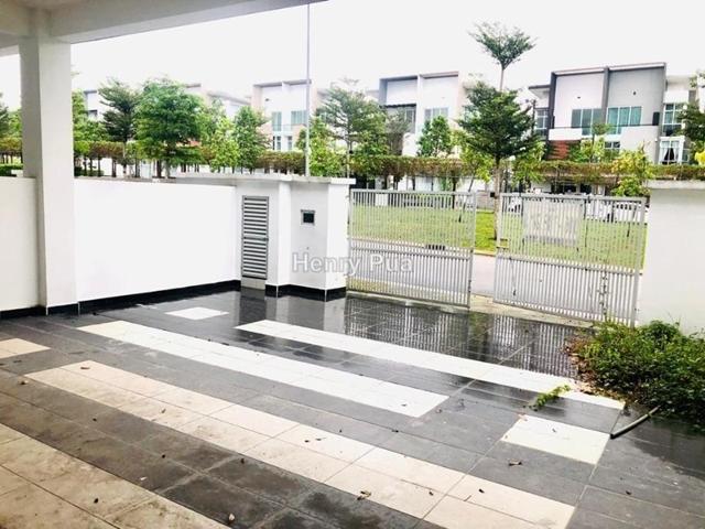 Taman Nusa Sentral, Iskandar Puteri (Nusajaya)