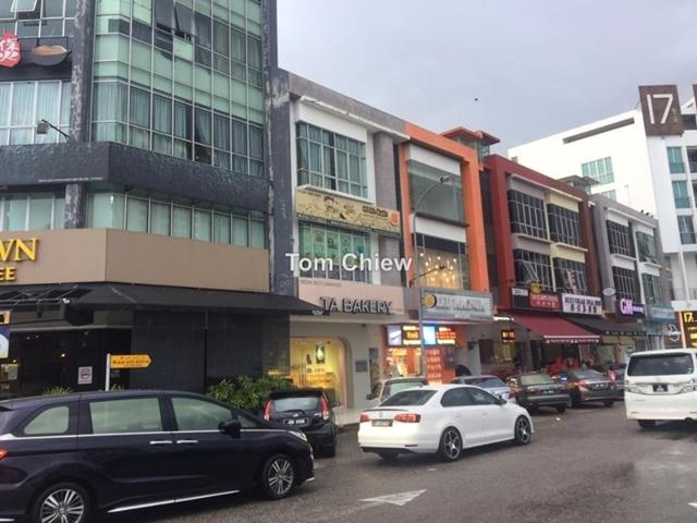 3 Storey Shop Lot, Austin Height, Johor Bahru