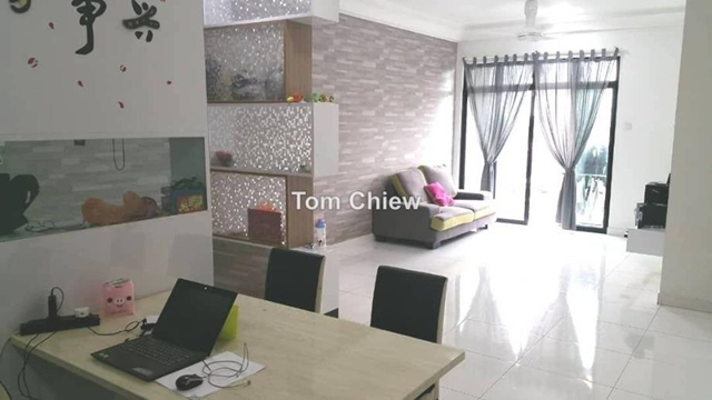 The Platino Serviced Apartment, Taman Bukit Mewah, Tampoi