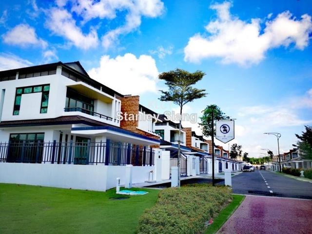 Semi detached house for sale in johor bahru for rm for Home design johor bahru