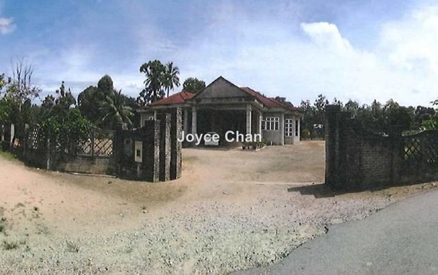 Kampung Surau Kerawang, Machang