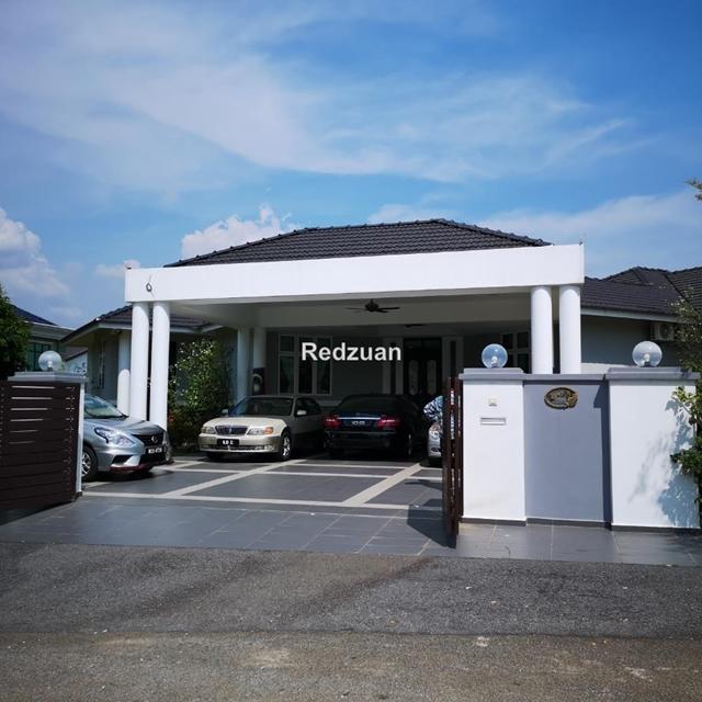 villa 16,000ft urgent sale melaka perdana, Melaka Tengah