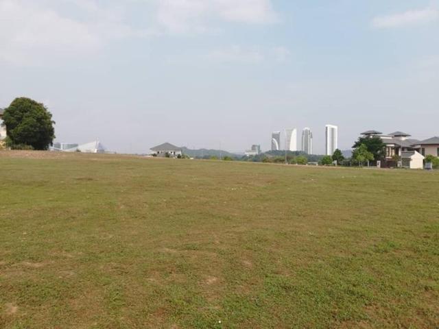 Perdana Lakeview West, Cyberjaya, Cyberjaya