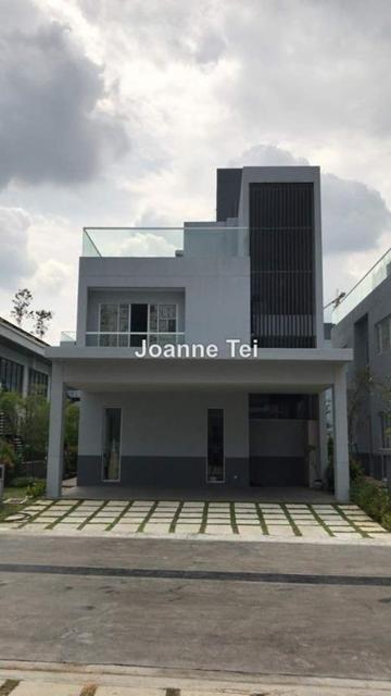 Lakefront Villa, Lakefront Residence, Cyberjaya