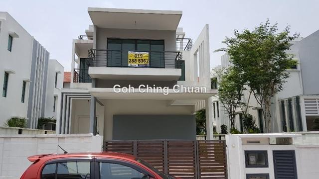 Villa 33, Bukit Mandarina, Alam Damai, Cheras
