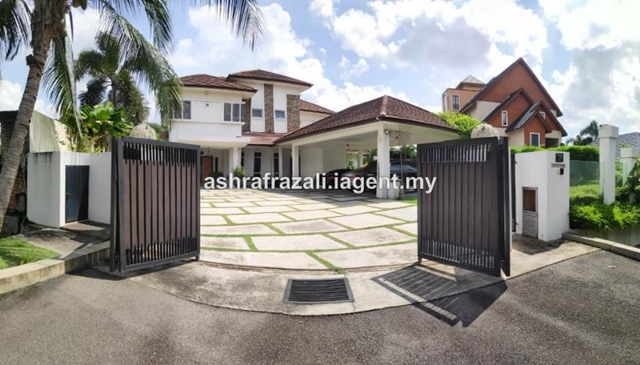 Bungalow Double Storey Country Heights, Kajang