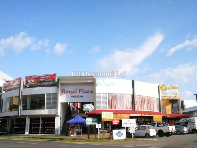 Royal Plaza Putatan | 2 Storey | Tenanted, Putatan
