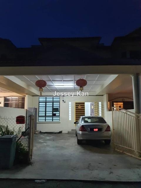 Double Storey Terraced at Air Putih for rent, Kuantan