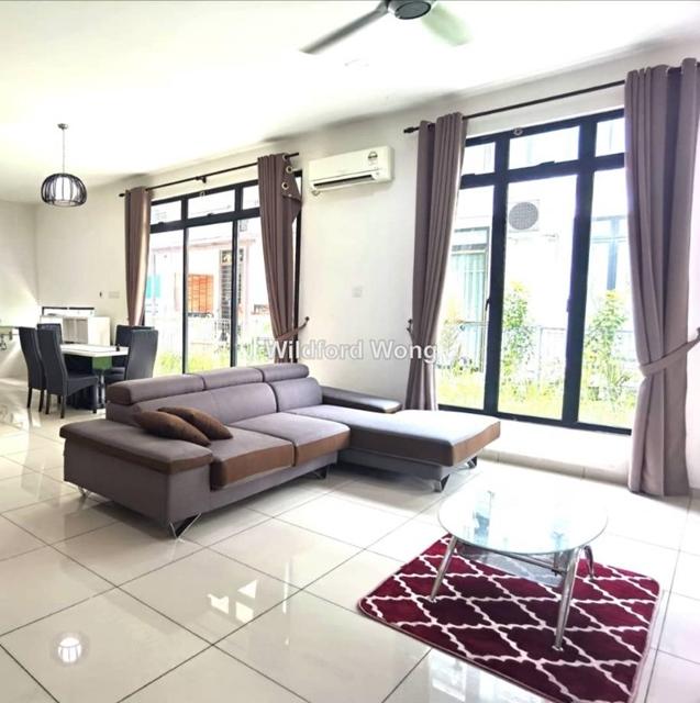 Double  SeniBong Residence, Senibong