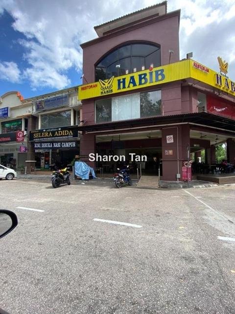 Jalan Cantik , Taman Pelangi Indah ,81800 ulu Tiram  For Sale Double Storey Shop Lot  *????????,????, Jalan Cantik , Taman Pelangi Indah , Ulu Tiram