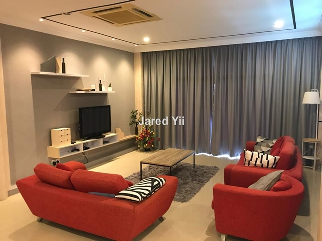 De Summit Condominium, Kuching