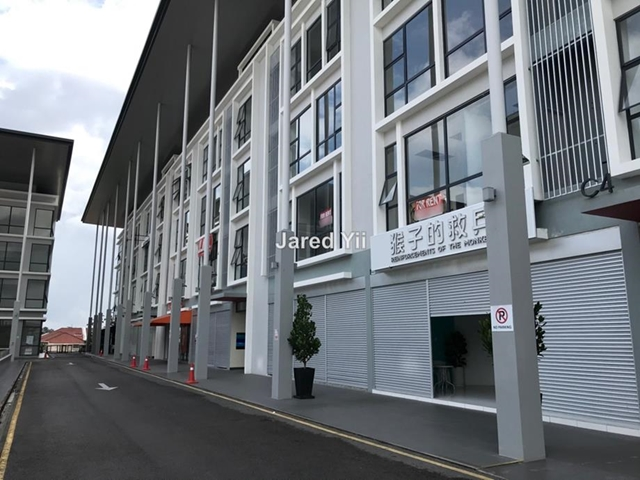 Stutong Canaan Square 1st floor for rent, Kuching
